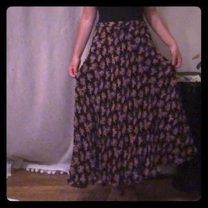 Dresses & Skirts - Vintage reversible long floral skirt.